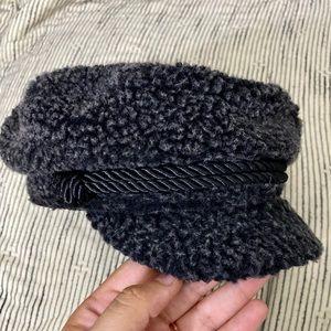 H&M Faux Sherpa Fiddler Cap Hat